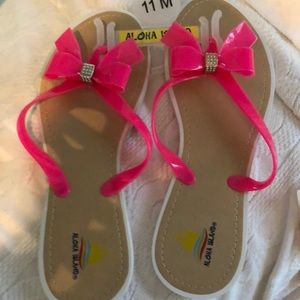 35b9423ea Aloha Island. New Pink Bow tie Bling Size 11 Flops Sandals